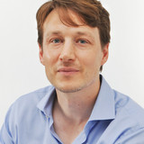 Alexander Erk : Head of Secondary School</br>& German Teacher
