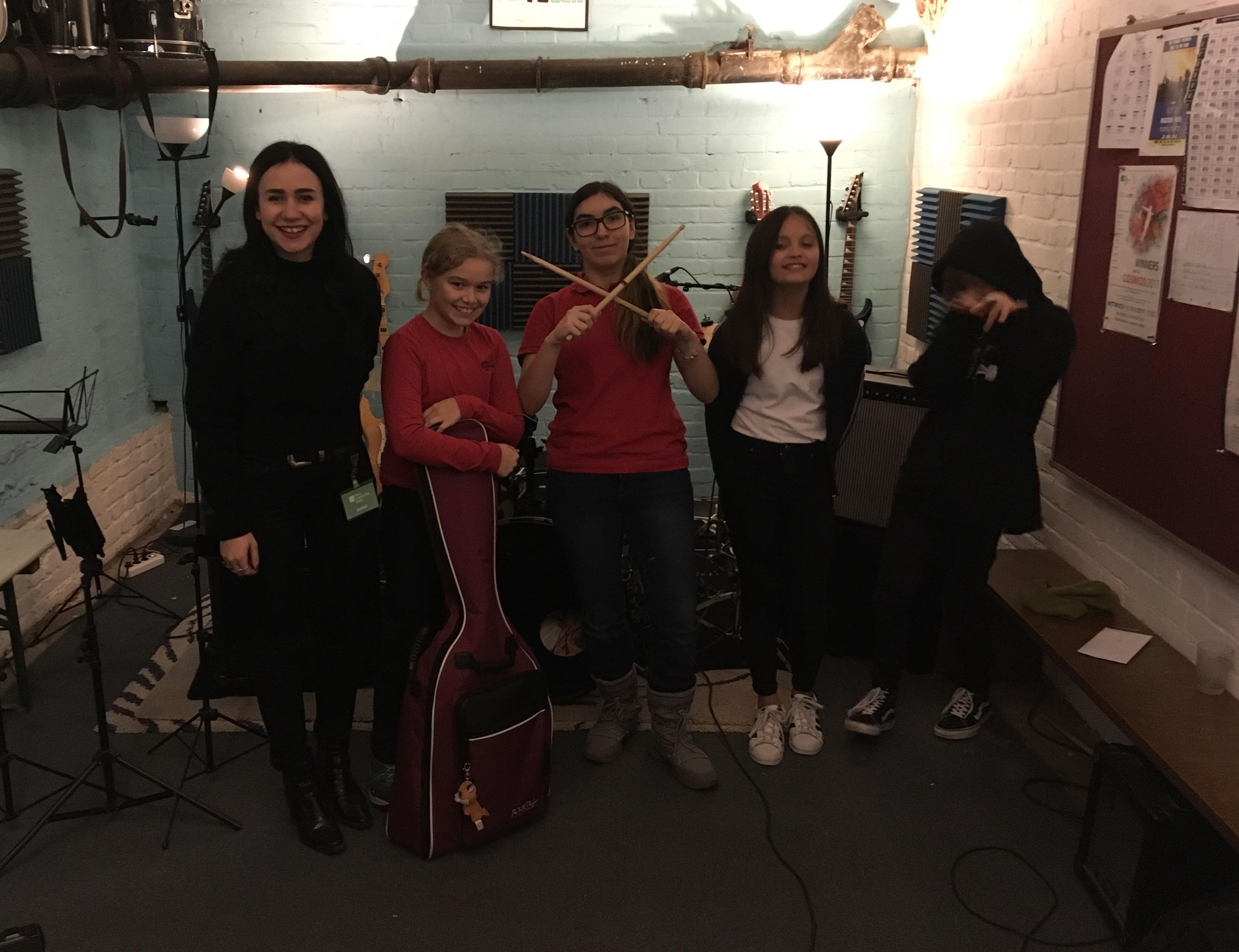 Berlin Cosmopolitan School_Cosmic Creator Studio Club_Laura Carbone