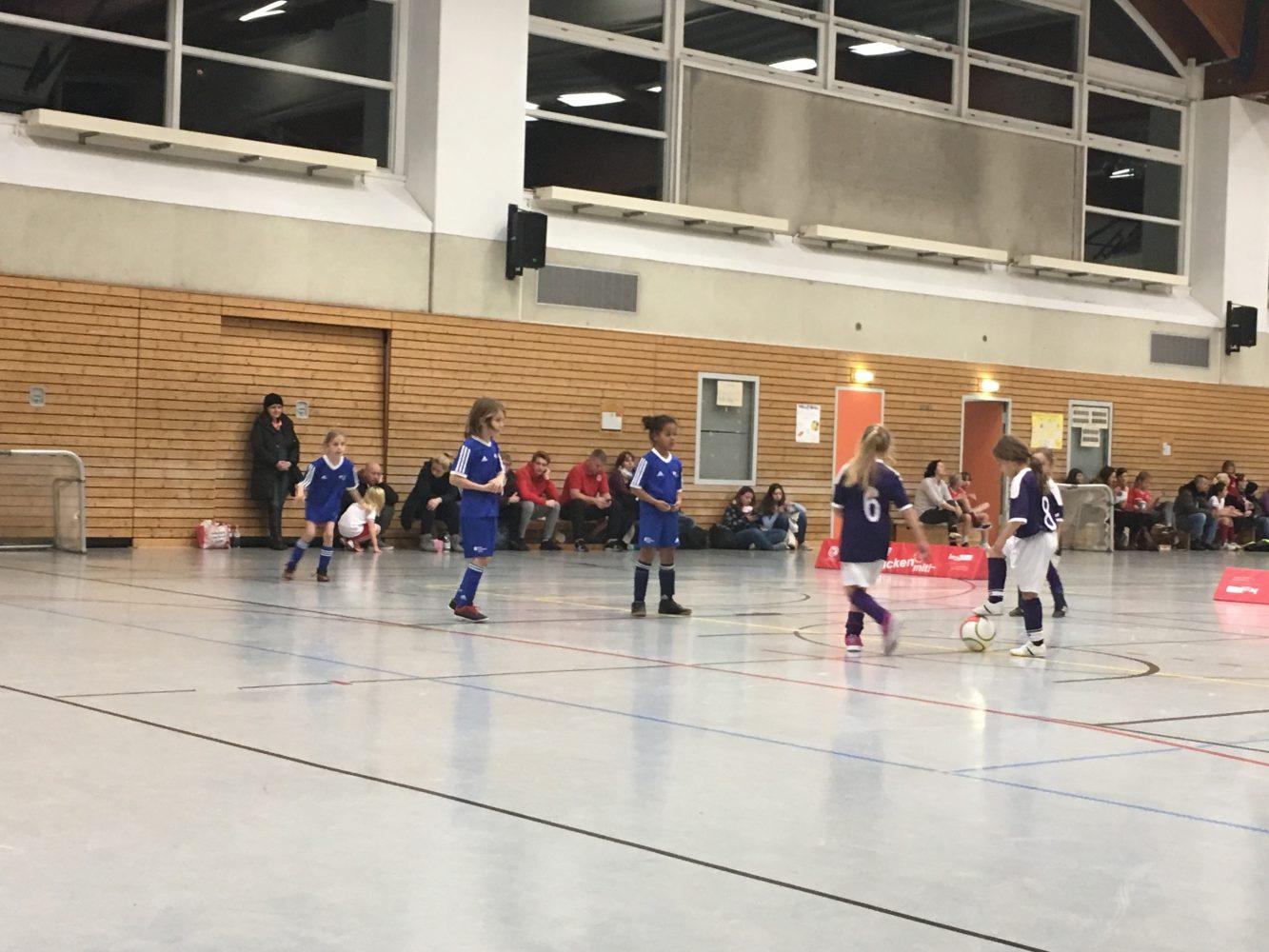Berlin Cosmopolitan School_Fußball_Soccer_Mädchen_girls