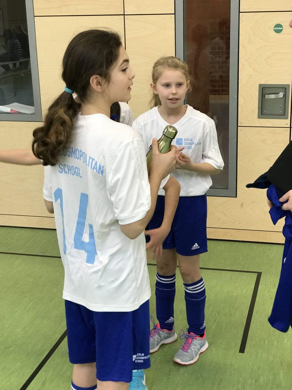 Berlin Cosmopolitan school_Sport_Primary_Grundschule_Mädchenfußball
